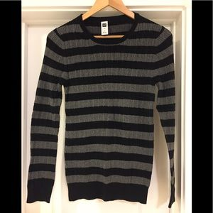 Women sweater, large